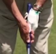 A Conventional Putting Grip
