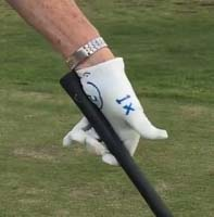 The club can be held in the left hand with just the heal pad and forefinger